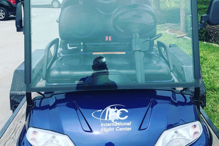 Tropicars Delivers Two New Smart Cart EVs to International Flight Center Miami
